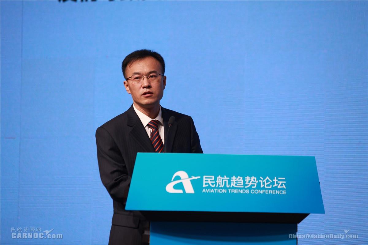 山东航空股份有限公司营销委员会副总经理陈峰